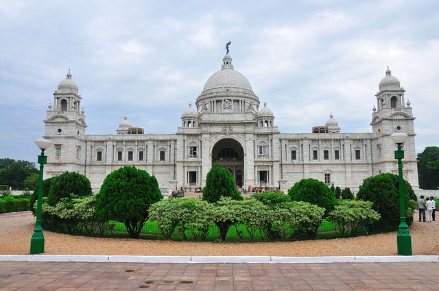 top 10 historical monuments in the country